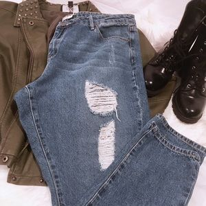 Just Fab distressed boyfriend jeans, size 35 (16)